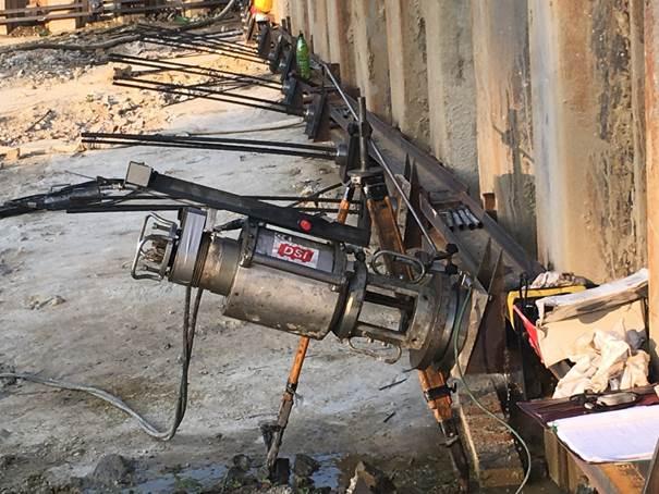 Varovanje gradbene jame z zagatnicami (p = 1.200,00 m2) in IBO sidri